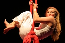 Aerial Acrobatics / Beautiful pictures of aerial artists in action. Includes trapeze, aerial ring, silks, rope and more.
