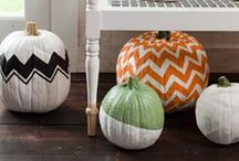 Fall Decor / Bring the warmth of fall into your home with fun, fall, home decor. Tips, tricks, ideas & inspiration.