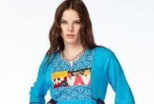 Otantik Köyceğiz Elbise Koleksiyonu / Her elbise için farklı motif detayları tasarlanmıştır. Başka bir benzeri olmayan tamamen özel bir koleksiyon.  Renk: Yeşil, Sax, Siyah, Mor, Haki, Mercan Beden: M - L - XL Model No: 2041-1