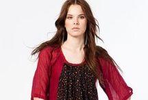 Otantik Elbise Koleksiyonu: FOÇA / %100 pamuktan elde edilen, çıtır çiçek desenli özel tasarım elbise koleksiyonu.  Beden: M - L - XL Model No: 2018