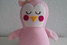 Chiribambola: ¡¡Animalitos!! / Muñecos realizados en telas de algodón. Relleno acrílico lavable.
