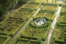 Extraordinary Gardens