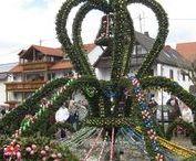 Osterbrunnen, Oster-Deko / Osterbrunnen und tolle Osterdekoration in der Fränkischen Schweiz