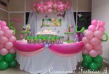 Decoración de hadas y mariposas / Decoración de cumpleaños infantil con globos de hada y Mariposas; piñata, caja para regalos, bolsitas sorpresas, letrero y centros de mesa personalizados y, Animación infantil Con  hada!