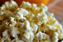 Popcorn and puppy chow / Snack mix recipes