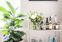 How to style a bar cart / Make entertaining easy by creating a beautiful bar cart for your home. I've gathered my favorite linens, bar tools, and drinkware to style a modern bar cart.