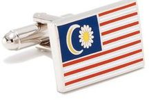 FLAG CUFFLINKS / These Romanian flag cufflinks look beautiful in our upgrade box series with personalization. Approximately it will measure inNickel plated and enamel with bullet back closure. It is Gift boxed.