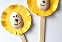 Animal crafts - Kids / Easy animal crafts for kids. Made with paper roll, cardboard tube, pine cone, spoon and more.