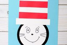 Dr Seuss crafts - Kids / Dr Seuss crafts for toddlers, preschoolers, kindergartners. Easy crafts for kids. Cat in the Hat, Thing 1 and Thing 2,Green eggs and ham, One fish two fish, Lorax.