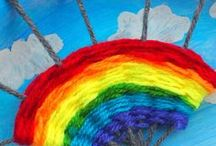 Rainbow crafts - Kids / Easy rainbow craft ideas for toddlers, preschoolers and older kids. Made with paper plate, rocks, paper, pipe cleaners, beads. Rainbow butterfly, sun catcher, decorations. Great spring or St Patrick's Day crafts. Classroom crafts for kindergarten.