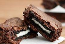 Desserts & Treats / Yum!! / by Gina Nethercott