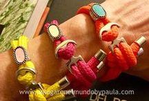 Pulseras, bracelet / Pulseras de piedras naturales, cristal, metal, zamak, hilo... Tienda de abalorios. Alcalá de Henares Madrid Teléfono: 91 8821669 Tienda online: www.unlugarenelmundobypaula.com