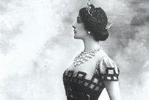 Splendorous Dresses