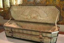 What has come before... / eco coffins are not a new thing