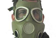 Gasmask & chemical protection suits / Maski przeciwgazowe i kombinezony przeciwchemiczne