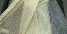 Textil - ukázka vzorů a materiálů / Textilní dekorace dotváří vizuální dojem z prostoru, vnáší atmosféru a útulnost, vylaďuje akustiku prostoru... to vše Vám nabízíme včetně zpracování na míru a  komplexní realizace ve Vašem interiéru. V našich prodejnách ve Zlíně a Olomouci máme v nabídce širokou škálu kvalitních textilií z celé Evropy. Realizujeme všechny typy dekorací: záclony, závěsy, japonské stěny, římské žaluzie, klasické s úvazy atd...