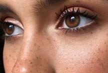 Makeup / Makeup looks to try, makeup tutorials & beauty inspo. Eye makeup, eye shadows, makeup bag, lipsticks, makeup storage, beauty vanity, beauty and makeup blogs, skincare, looks, eyeshadow looks, makeup looks.