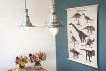 Posters & kaarten als decoratie voor de babykamer en kinderkamer / Roozje creëert lichtpuntjes voor de bedrituelen van kinderen. De hartverwarmende lampen en -accessoires worden op maat gemaakt of uit voorraad geleverd.