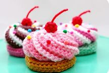 Crochet food and desserts