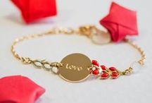 Bracelets chaines gravés / Découvrez notre collection de bracelets chaines émaillées. Tous personnalisables avec une gravure. Nombreux coloris au choix. #engravedjewel #bijougravé