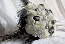 Black and white wedding ideas / Wedding and event flowers in white and black