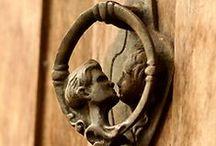 Puertas- Aldabas. Tipos. / by Mireya Nuñez