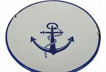 Steingut-Keramik  Maritim / Maritime Teller,Tassen, Töpfe,Eimer und Kannen aus Steingut/Keramik mit Anker oder Leuchtturm Design.