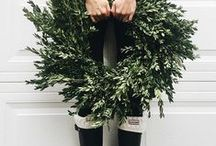 Christmas Style File } Wreaths / front of house festive style