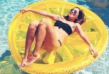 •• Pool floats ••