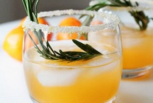It's 5:00 Somewhere / Alcoholic drink recipes / by Lesley Thomson
