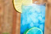 drinks on drinks on drinks / by Kelly Marie
