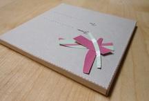Gift box / DEVI FARE UN REGALO E NON SAI ANCORA COSA COMPRARE? I TUOI AMICI SI SPOSANO E VUOI SORPRENDERLI CON UN REGALO ORIGINALE?  Acquista una gift box per un restyling completo di casa, una giornata con un home personal shopper, una soluzione creativa per il giardino e tanto altro ancora…  Scegli uno dei nostri pacchetti. Abbiamo gift box per tutte le tasche! www.spazio1410.com/giftbox