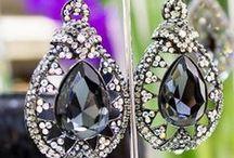 Statement earrings / statement earrings, red carpet earrings , celebrity style, celebrity fashion