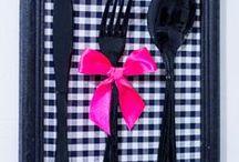 Quadro de cozinha feito com talheres / Fáceis de fazer e dão um toque todo especial na sua cozinha.