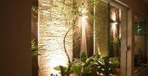 Jardins de inverno e Jardins suspensos. / Jardins de Invernos são um charme especial e aconchegante em seu lar. E os jardins suspensos ficam ideais em varandas, pátios, terraços... Basta usar a imaginação, o bom gosto e a criatividade para funcionar!