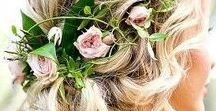 accessories: hair / inspiration and ideas for flowers to wear