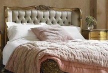 Bedroom Inspiration Pins / Pinterest photos of lovely bedrooms that speaks to my soul or just inspires me.