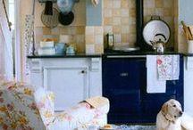 English country kitchen / Kitchen ideas / by Melinda Hofmann
