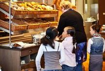 Holidays with kids in Bruges - Hotel Navarra Bruges / Bruges has a lot to offer for families travelling with kids. Some hotels, such as Hotel Navarra Bruges, also have a child-friendly policy. There are great things to do with kids. A visit to the chocolate museum, cycling tours, a visit to the dolfinarium, etc...   http://www.hotelnavarra.com/en/info/1428/Kids-stay-free.html