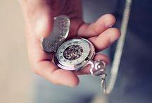 Kieszonki / Zegarki kieszonkowe dopasowane i dobrze wykorzystane będą nobilitować właściciela, tworząc unikalny styl.