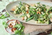 Go vegan! - Vegane Rezepte / Ihr möchtet euch vegan ernähren, aber nur auf tierische Produkte, nicht aber auf Geschmack verzichten? Dann seid ihr hier genau richtig: Auf dieser Pinnwand sammeln wir köstliche vegane Rezepte für jeden Geschmack. Viel Freude beim Herumstöbern und Ausprobieren.
