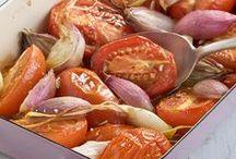 Tomaten-Freuden / Tomaten zählen zu unseren Lieblings-Sommergemüsen. Sie ist vielseitig und extrem gesund.