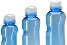 Borracce d'acqua / L'acqua è un bene prezioso, perchè non portarla sempre con te? Scopri le nuovissime borracce H2O in Tritan, con le quali dissetarsi non è mai stato così semplice e sicuro.