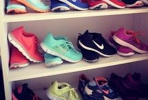 Nike παπουτσια / Πραγματικά θα χαλούσα ολα μου τα Λευτα για να ειμαι όλη μερ ά στην Nike δεν νομιζω να υπάρχει κοριτσια αλλο που να εχει τόσα πολλά nike