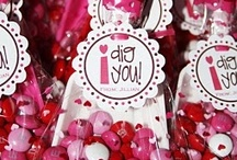 HOLIDAY: Valentine's Day / DIY crafty gifts - that's amoré!