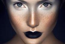 Ma ma ma make-up