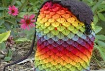 Crochet - Free Patterns / I have tried to assure that all of these pins are free patterns.  Enjoy / by Allyson Azulay