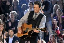 it's all about tonight / Blake Shelton.  / by Allie Wallentine