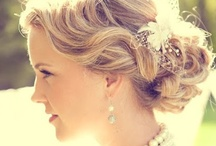 Coiffure - Hairstyle / by Astrid Hoellinger