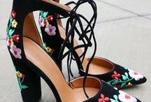 S H O E / Shoes